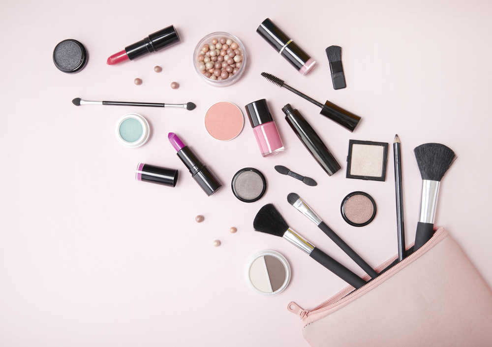 Makeup Essentials You'll Need To Create A 'Night Out' Look