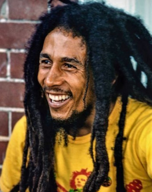 Bob Marley - 5 feet 7 inches