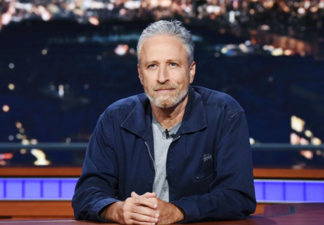 Jon Stewart - 5 feet 6 inches