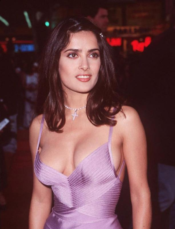 Salma Hayek At 1998 Lethal Weapon 4 Premiere