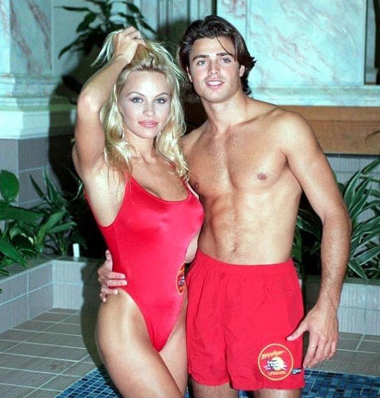Pamela Anderson & David Charvet, 1993