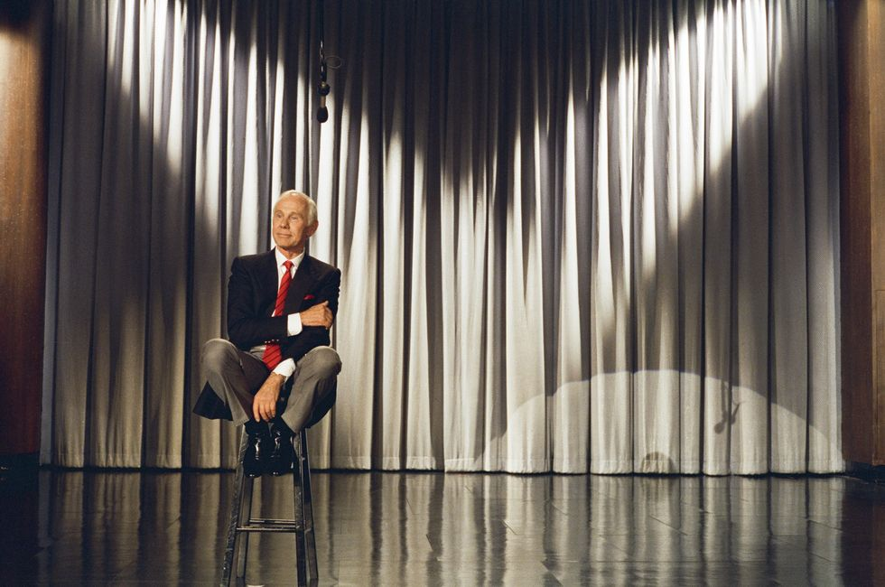 Johnny Carson Retires In 1992