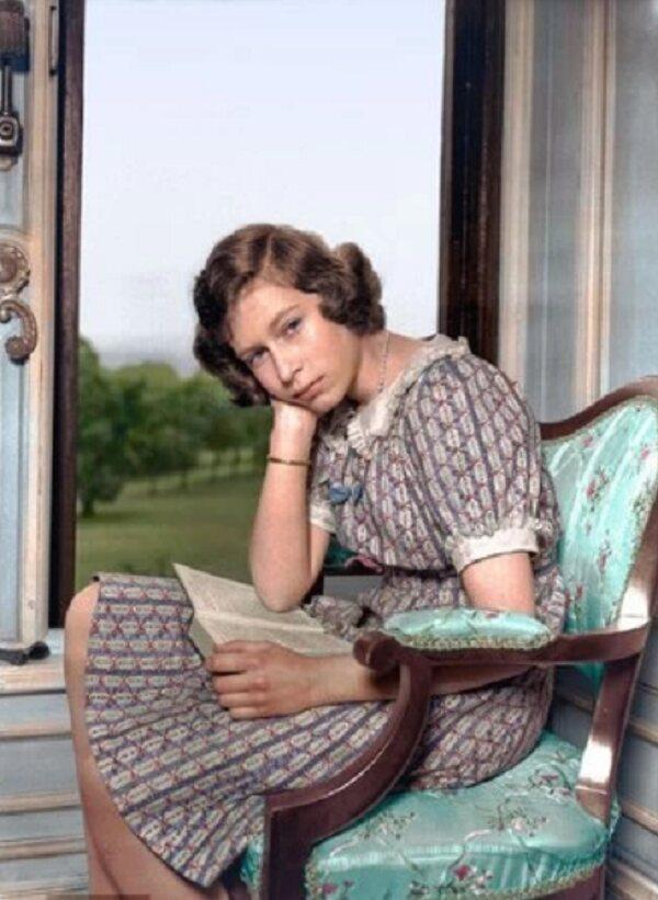 Princess Elizabeth, 1940